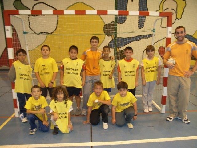 La concejal�a de Deportes organiza una jornada de multideporte benjam�n, enmarcada en los Juegos Escolares del Programa de Deporte Escolar, Foto 1