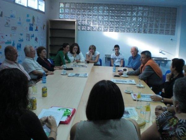 Los jueves, 'Café Tertulia' en el Centro de Mayores de Mazarrón - 1, Foto 1