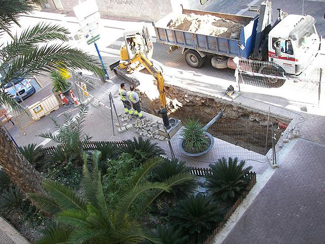 Construcción de la segunda isla para contenedores subterráneos en la plaza de España - 1, Foto 1