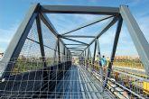 La pasarela peatonal panorámica sobre el puente del ferrocarril de la Avenida Alfonso X El Sabio ya está en Alguazas