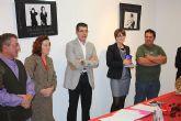 El pasado viernes, 6 de noviembre, se presentó en la Sala de Exposiciones de Cajamurcia el calendario solidario realizado por la Asociación Prometeo