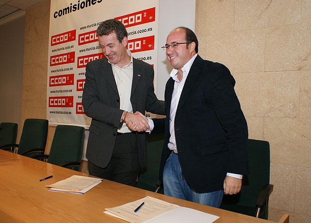 El Ayuntamiento firma un convenio de colaboración con Comisiones Obreras para poner en marcha programas de orientación y formación laboral - 1, Foto 1