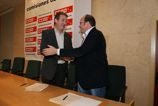 El Ayuntamiento firma un convenio de colaboración con Comisiones Obreras para poner en marcha programas de orientación y formación laboral - 2, Foto 2