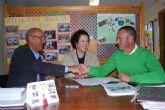 El Ayuntamiento de Fuente Álamo entrega un cheque por valor de 1.500 euros a Assido