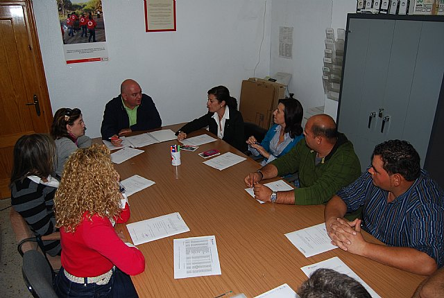 City officials attending the Local Committee of the Spanish Red Cross