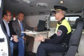 La Comunidad entrega a la Policía Local de Puerto Lumbreras un nuevo furgón de atestados