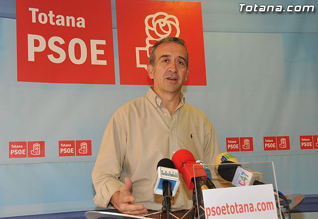 The PSOE de Totana Mayor urges consensus and participation in projects under the new Plan E