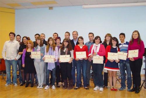 Inauguración Oficial Curso 2009-10 de la Escuela Municipal de Música de Archena con la actuacón de una orquesta formada por los propios alumnos - 1, Foto 1
