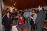 El alcalde de Alguazas, José Antonio Fernández Lladó, y la concejala de Cultural, Isabel Zamora, han inaugurado la exposición 'Música Plástica'