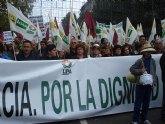 """Tres autobuses de alhameños piden en Madrid """"Precios justos y ventas dignas para el campo"""""""