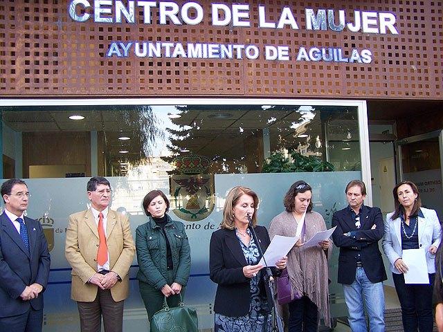 El alcalde de Águilas y el consejero de Política Social, Mujer e Inmigración inauguran el nuevo Centro Municipal de la Mujer - 1, Foto 1