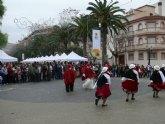 A pesar de la lluvia, el encuentro intercultural 'El Mundo en tu Plaza' contó con gran asistencia de público