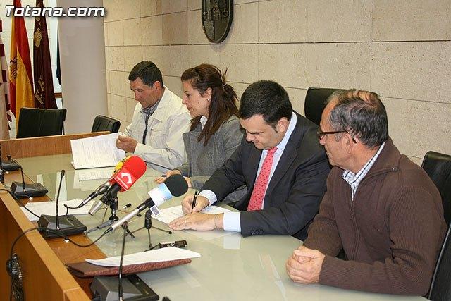 Las obras de ampliaci�n del Punto de Atenci�n a la Infancia de El Parral posibilitar�n la contrataci�n de 35 personas desempleadas del municipio, Foto 2