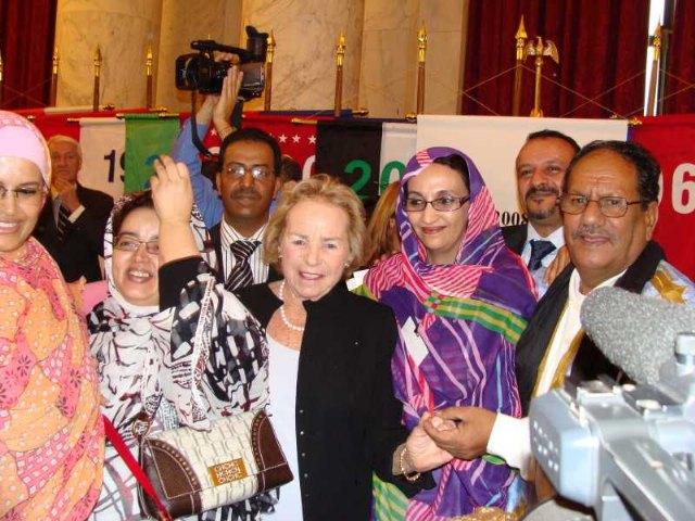 IU propone al Pleno que el pueblo de Totana se solidarice con la defensora de los derechos de los saharauis, Aminatou Haidar, Foto 1