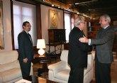 Valcárcel y Aranda repasan los proyectos e iniciativas del Año Santo 2010