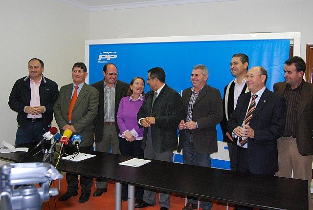 Los alcaldes y portavoces del PP del Guadalent�n a�nan sus fuerzas, Foto 1