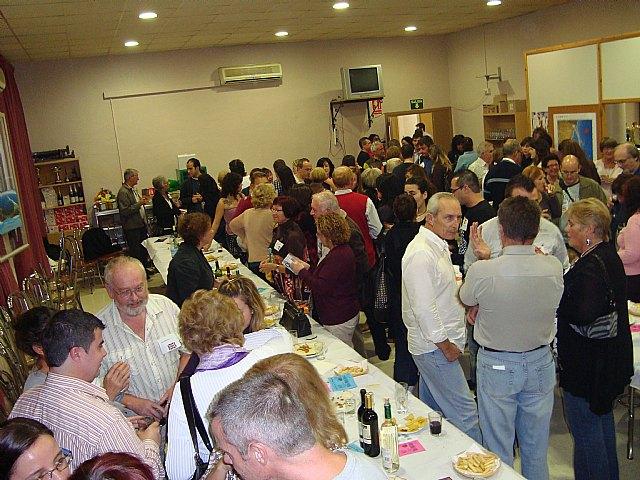 Más de cien personas acuden a la primera cita de la temporada de la Bolsa de Idiomas - 1, Foto 1