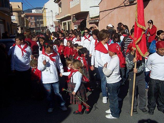 """Los alumnos de los colegios """"Reina Sof�a"""" y """"Santa Eulalia"""" celebran sendas romer�as en honor a la patrona, Foto 1"""