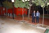 El alcalde del municipio y el director general de Administraci�n Local inauguran el jard�n de San Crist�bal