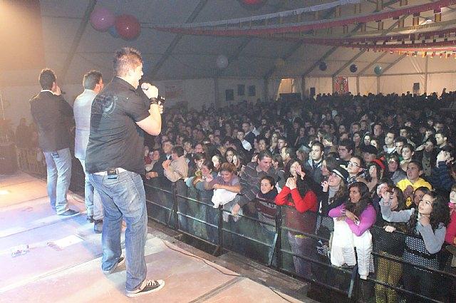 Más de 1.500 personas disfrutaron con el flamenco-pop de DECAI en las Fiestas de la Purísima - 3, Foto 3