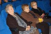 Los mayores disfrutan de una tarde de teatro