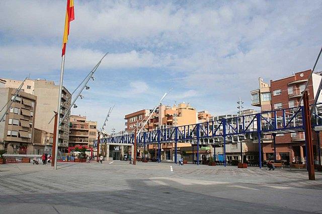 La plaza de Adolfo Suárez acogerá  mañana sábado las actividades con motivo del Día Internacional del Migrante - 1, Foto 1