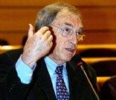 IU propone que se nomine una calle o espacio público en memoria de Jordi Solé Tura, uno de los padres de la Constitución recientemente fallecido