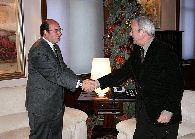 El Alcalde plantea al Presidente Valcárcel nuevos proyectos de dinamización económica y empresarial para Puerto Lumbreras - 1, Foto 1