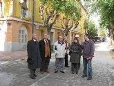 Castillo visita las obras de los últimos bloques que quedan por rehabilitar en Vistabella