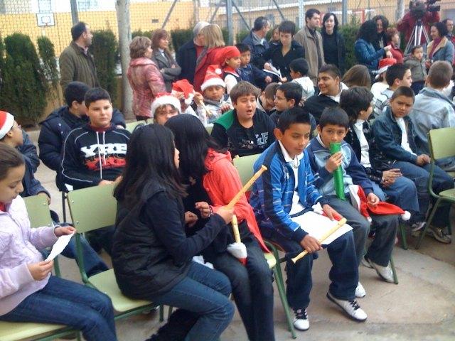 Los centros educativos de Totana finalizan el primer trimestre del curso escolar 2009/2010 con fiestas de Navidad, Foto 2