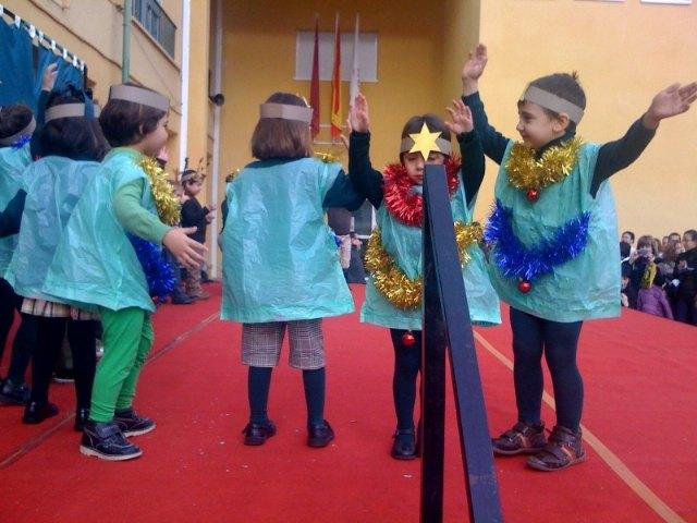 Los centros educativos de Totana finalizan el primer trimestre del curso escolar 2009/2010 con fiestas de Navidad, Foto 3