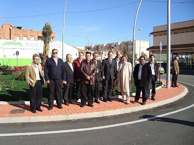 El delegado del Gobierno y la alcaldesa de San Javier inauguran cinco obras del Fondo Estatal de Inversión Local - 1, Foto 1