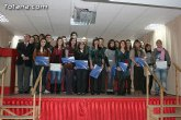 Autoridades educativas entregan los diplomas a los 21 alumnos de la tercera promoción del Bachillerato Internacional