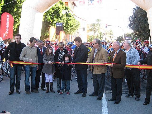 Más de trescientas personas participan en las carreras ciclistas Bicihuerta y la marcha 'Murcia Solidaria Pedalea' - 1, Foto 1