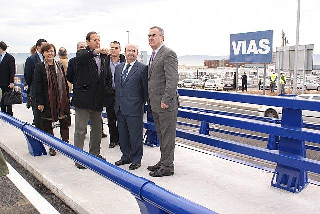Gaspar Zarrías, González Tovar y Cámara visitan las obras del Fondo Estatal en la zona norte del municipio de Murcia - 1, Foto 1