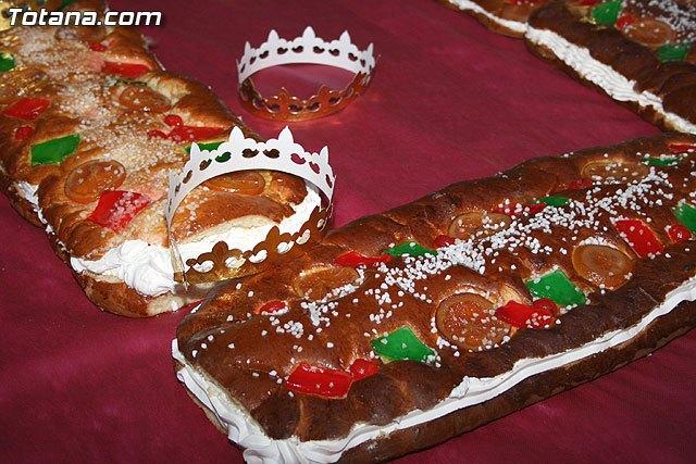 El rosc�n gigante de Reyes de m�s de 140 metros tendr� lugar hoy a partir de las 18:00 horas en la Plaza de la Constituci�n, Foto 1