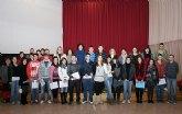 El Ayuntamiento concede 51 becas a estudiantes lumbrerenses