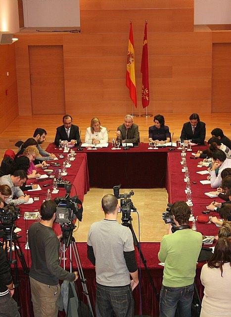 Valcárcel reitera que no cederá ni un ápice en la oposición al cierre de trasvase - 1, Foto 1