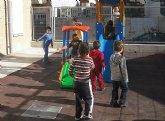 Los niños torreños lo pasan en grande en la Escuela de Navidad municipal