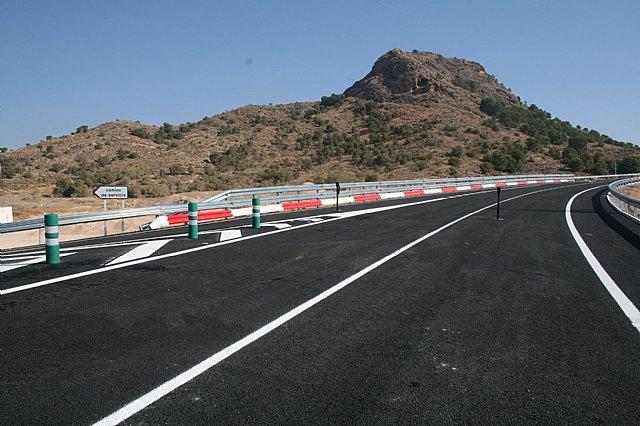 La Comunidad instaló en 2009 más de 17.000 metros de barreras de protección de motoristas - 1, Foto 1