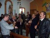 Autoridades municipales acuden al Raiguero Alto donde se celebró una misa en la ermita de Santo Domingo