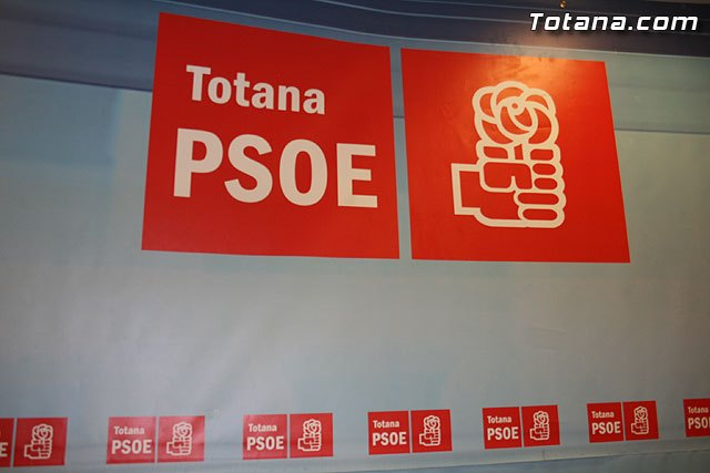 """The Socialists claim that """"the town of Totana is Spain with more delays in completing the work of Plan E 2009"""""""