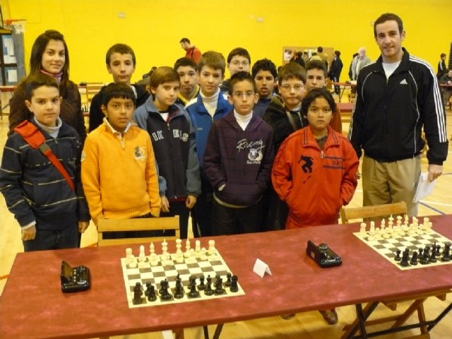 Totana host first regional Alevín Day School Sports Chess, with the participation of more than 60 students