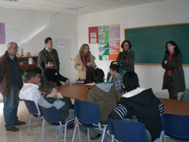 """The Councillor for Education and Service Diversity Murcia to visit the """"Occupational Classroom"""""""