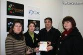 El local social de la Asociación de Enfermedades Raras de la Región de Murcia D'Genes ha acogido la presentación del libro 'Manual de Humanidad'