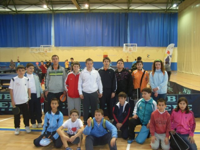 The school totaneros good results in the second round table tennis Regional School Sport