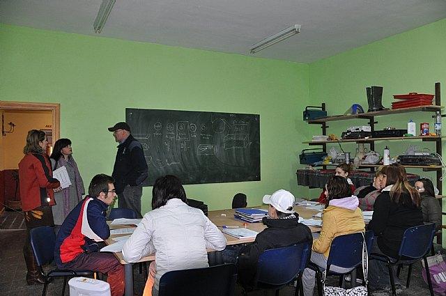 La Escuela Taller El Palacio da sus primeros pasos en la formación teórica de los alumnos - 2, Foto 2