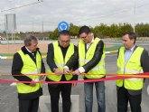 La nueva glorieta de acceso a Torre Montijo aumenta la seguridad vial de peatones y conductores en Molina de Segura