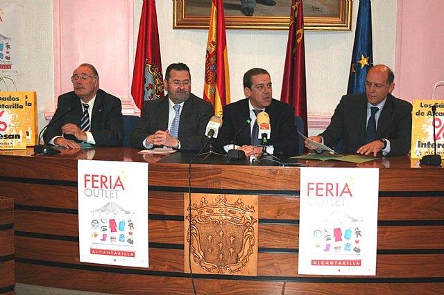 El Director General de Comercio y el alcalde de Alcantarilla presentan la Segunda Gran Feria Outlet - 1, Foto 1