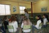 Los alumnos del CES Vega Media se informan de los problemas juveniles